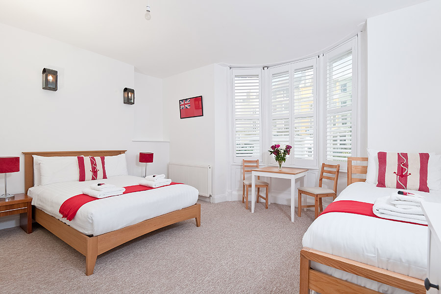 Brighton guesthouse with family rooms
